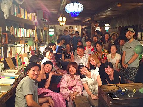 ※初の東京での「 スナックはるな 」。セカアカの先生たちも、仲間も、お客さんもたくさん集まってくださり感動。