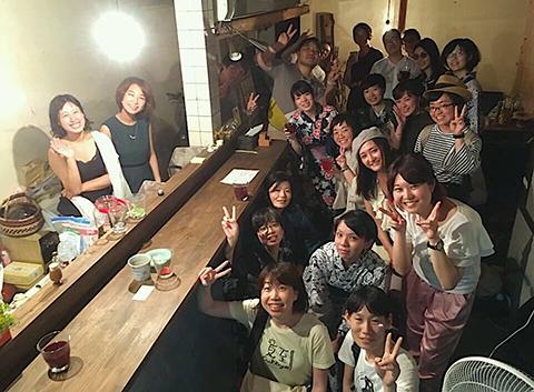 ※京都で「 スナックはるな 」を開催。セカアカ仲間も、毎回、たくさん集まってくれます。様々なコラボもしてます。